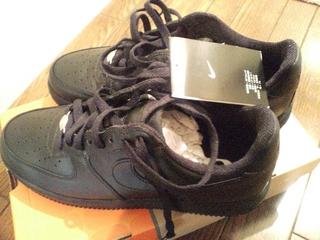 靴(NIKE AIRFORCE1)